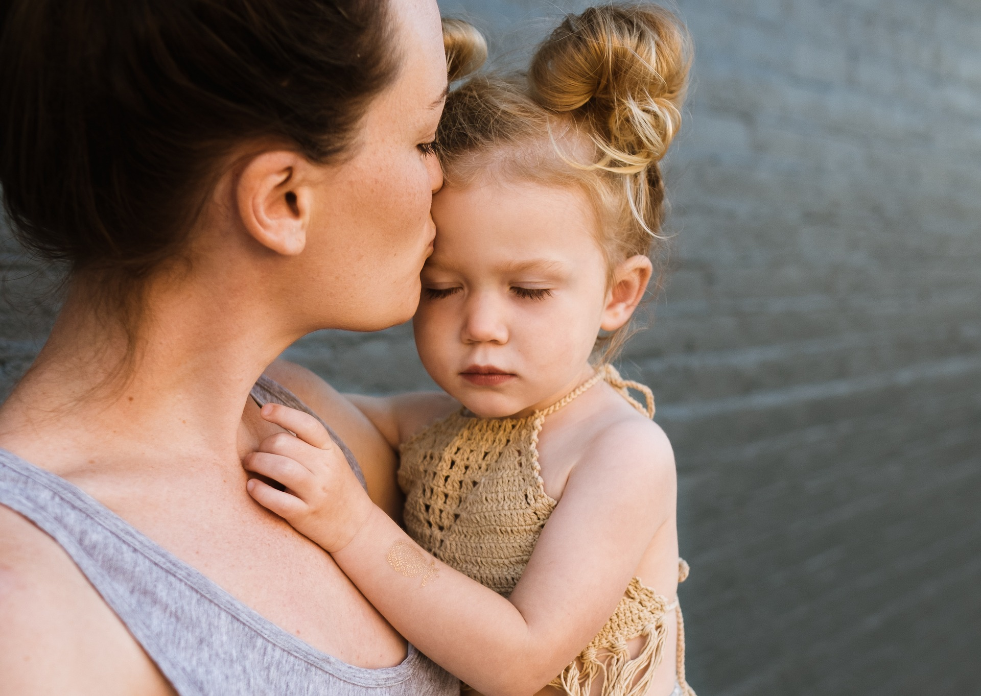 Dear Single Parents-You Are My Heroes: Six Side Effects of Single Parenting