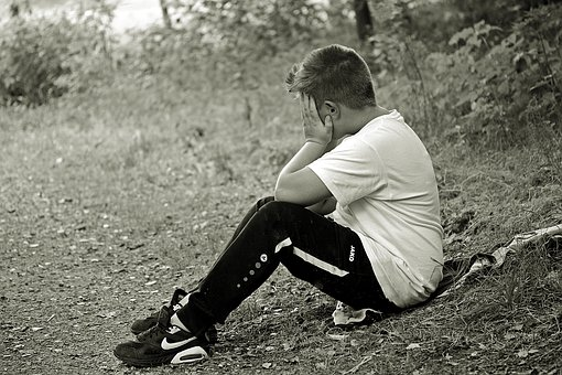 A Fine Line Between Loner and Lonely: 5 Reasons Why Some Kids With Behavior Concerns Struggle To Make Friends